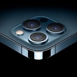Pin nhỏ nhưng iPhone 12 Pro Max đứng top 4 pin tốt nhất